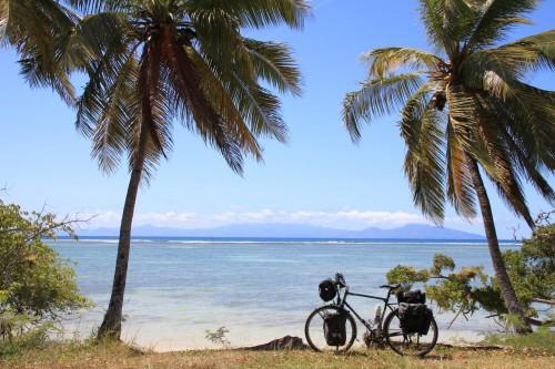 Bild 030 Frank DD Südküste von Marie-Galante mit Blick auf Guadeloupe - Frank DD